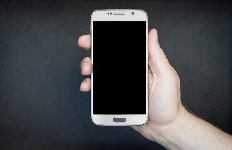 Czy warto mieć drogiego smartfona